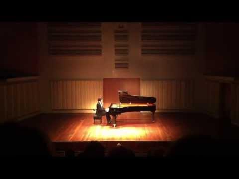 Nicolas van Poucke plays Brahms: Albumblatt
