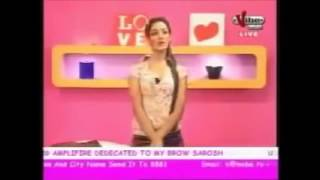 FUNNY PAKISTANI TV REPORTER !   YouTube