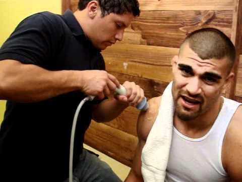 clinica rehab de coronado -adrian campos