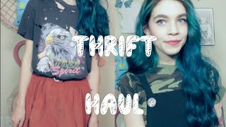 Thrift Haul + Styling| Velvet and Lace Thumbnail