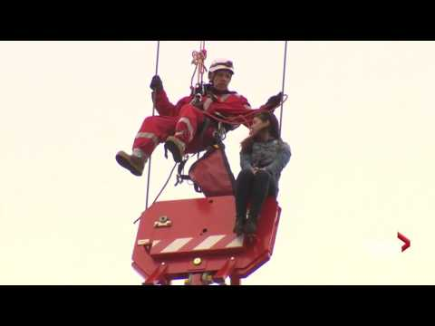 hqdefault woman rescued from crane in toronto arrested for mischief youtube