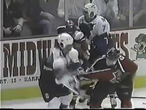 Florida Panthers vs Washington Capitals Brawl 1997 / Bill Ranford vs Mark Fitzpatrick