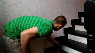 видео Отделка деревянной лестницы своими руками