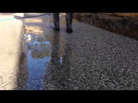 How to wash exposed aggregate concrete