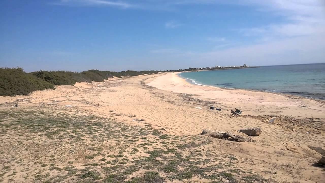 La spiaggia di torre colimena youtube - Torre specchia spiaggia ...