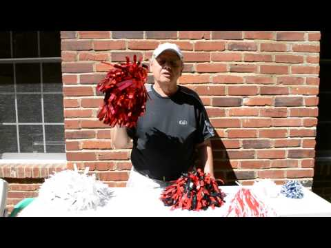 How to pick youth size cheerleading pom poms