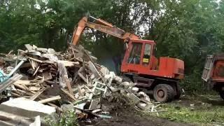 видео Демонтажные работы на даче: разборка зданий и сооружений
