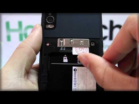 Motorola MILESTONE 2: Inserting the SIM Card