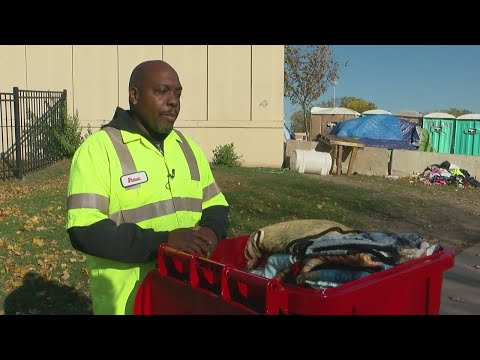 Minneapolis Man Collecting Blankets To Help Twin Cities Homeless