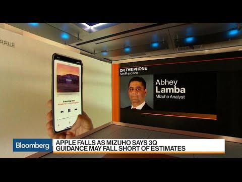 Mizuho's Lamba Downgrades Apple After 'Lackluster Demand'