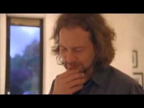 Eddie Vedder- Tour of his home. PJ20,..
