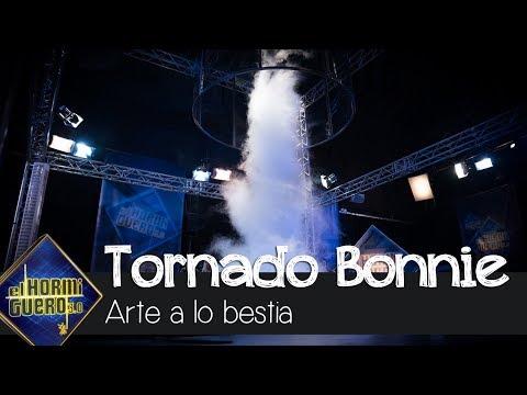 El espectacular tornado para agradecer a Bonnie Tyler su visita - El Hormiguero 3.0