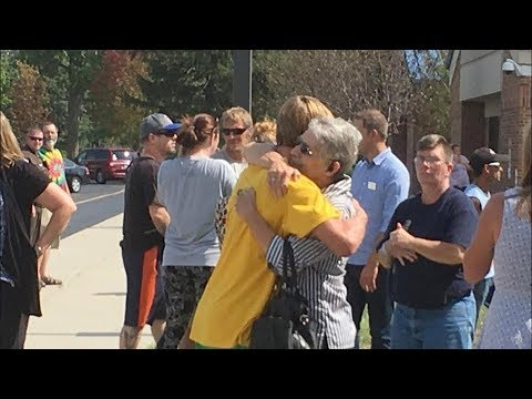 Teacher Saves Lives During Mattoon High School Shooting | Los Angeles Times