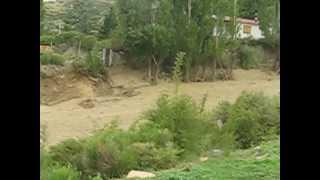 Alud en Piedras Blancas Potrerillos Mendoza (1er video)