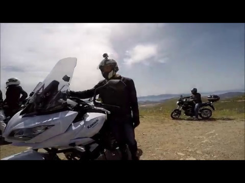 Kawasaki Versys Adventure Greece Road Action