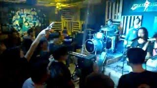 Vội vã - Ban nhạc CÁT live in MetalSounds Cafe, TP Cẩm Phả, Quảng Ninh.