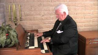 Jerry McKinney at the Hammond B-3 \