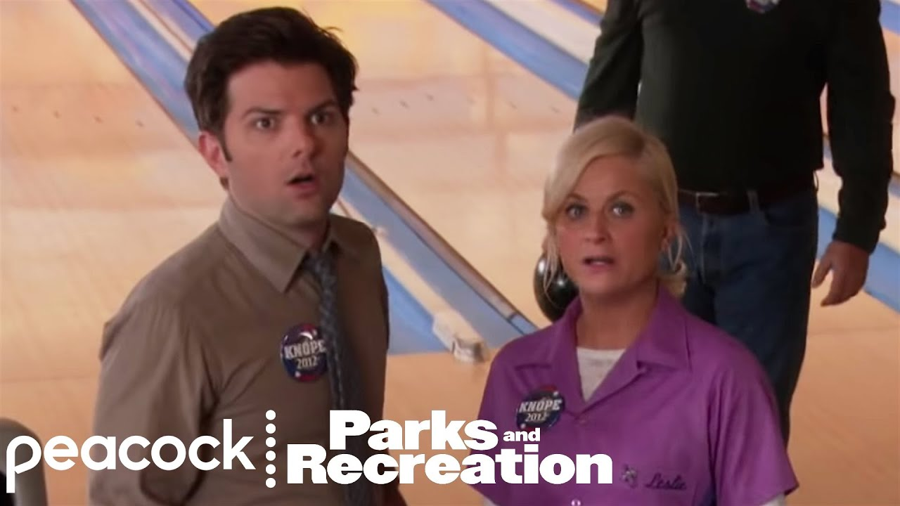 Download Ben Punches a Jerk for Leslie - Parks and Recreation