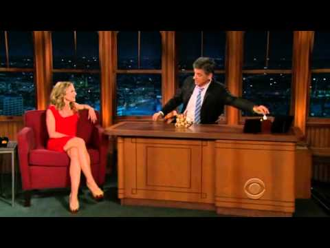 Holly Hunter on Craig Ferguson (May 20th, 2010)