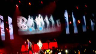[Fancam] GD & TOP performing Knockout live @ Korean Music Wave 2011 in Singapore