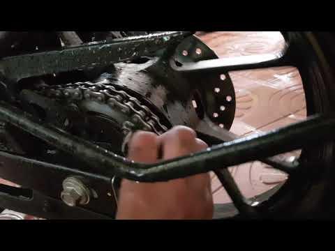 How to clean bike chain|| বাইকের চেইন পরিষ্কার || Yamaha Fz Fi v2 DD