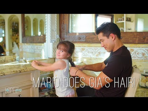 Mario Lopez  Does His Daughter Gia's Hair!
