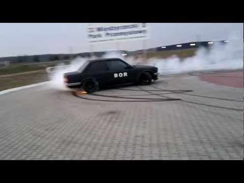 JOHNY miedzyrzecz BOR E30 V8 4.4