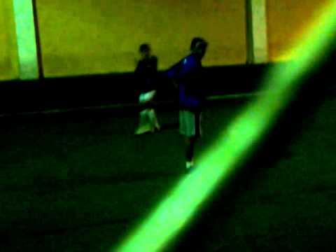 chicas sexis jugando fut ball(anx).mp4