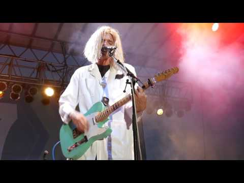 Grouplove Traumatized LIVE at 97x BBQ