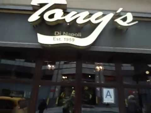 Tony S Di Napoli Midtown Manhattan Nyc Italian Restaurant Review
