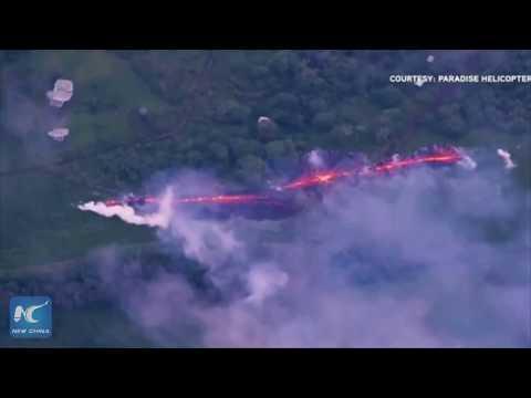New huge fissures open on Hawaiian volcano