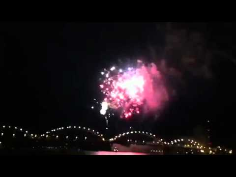 centennial bridge grand finale