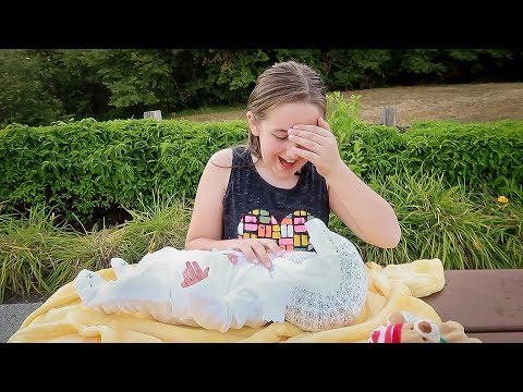 Real Reborn Baby Unboxing Madison Gets a...