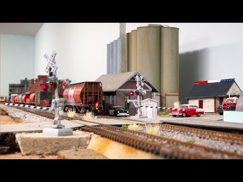 Beautiful Model Railroad HO Scale Gauge Train Layout with CP Locomotives