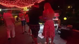 Парк Ривьера вечером  Отдых в Сочи 2017  Развлечения для детей в Сочи  Часть 2