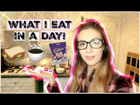 WHAT I EAT IN A DAY! + MY SAUSAGE PASTA RECIPE   FAMILY MEAL IDEAS   KERRY CONWAY