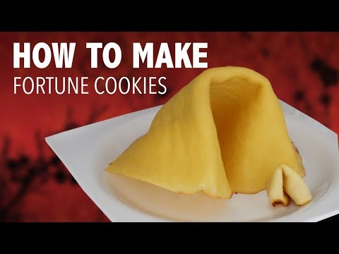 DIY GIANT FORTUNE COOKIE ???? - VERSUS