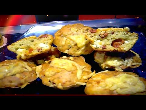 Закусочные маффины с вялеными помидорами и сыром
