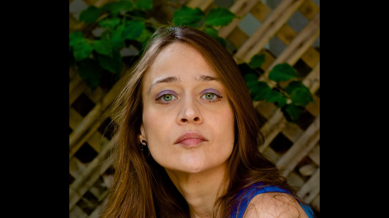 Non-Nordic Sunday: Fiona Apple – The Whole of the Moon (cover/video)