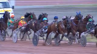 Vidéo de la course PMU PRIX LES SABLES D'OLONNE AGGLOMERATION