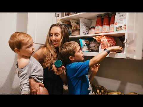 VEGAN FAMILY PANTRY & FRIDGE TOUR