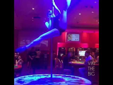 Pool dancing in Colombo ... Bally's casino..