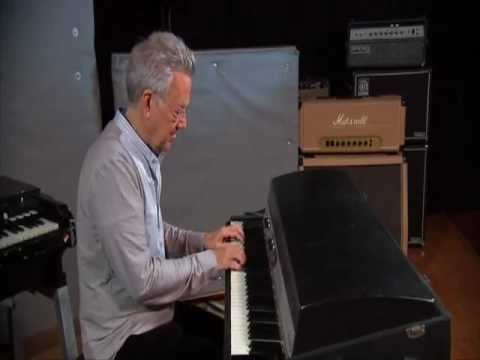 RAY MANZAREK-RIDERS ON THE STORM
