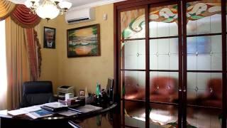 видео Межкомнатные двери с витражами