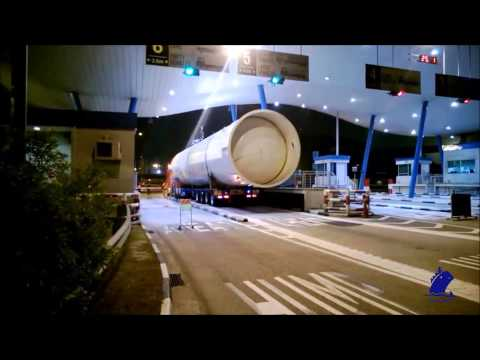 Fairmacs - Tail Gas Drum loading into Vessel (Break Bulk)