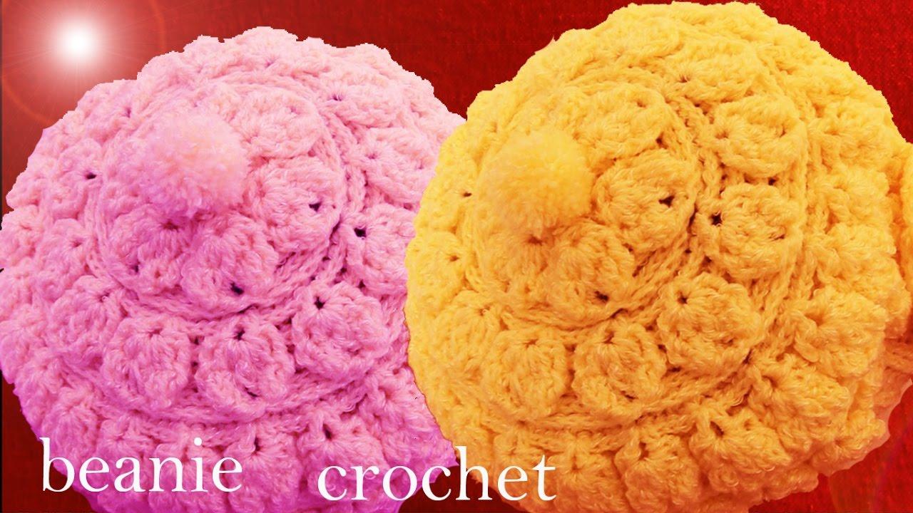 Gorro boina tejido en punto relieve de hojas redondas con flor a Crochet o  Ganchillo d8203bba96c