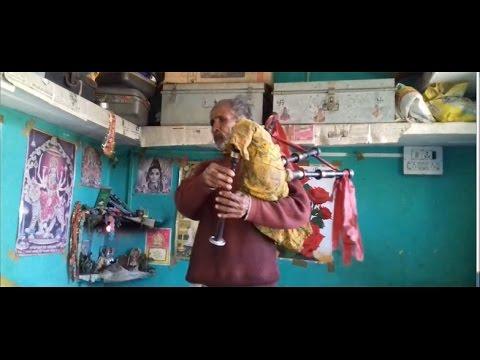 मसकबीन कहो या पहाड़ी बीनबाजा 'धरोहर पहाड़ गाँव की' | Kumaoni Bagpiper Dhun
