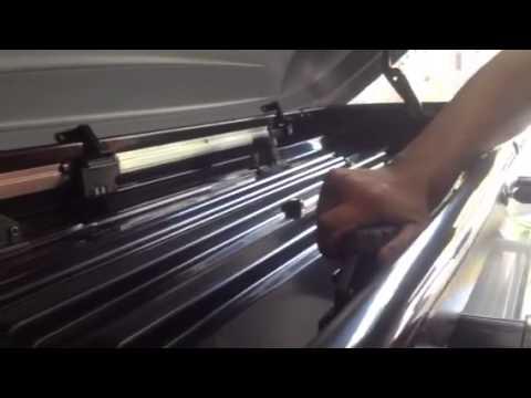thule pacific 700 black fosco instalado na auto330 youtube. Black Bedroom Furniture Sets. Home Design Ideas