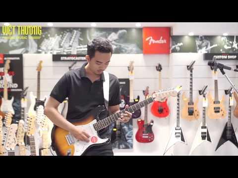 Review đàn guitar điện Squier Bullet Stratocaster HT   Phuc Rocky
