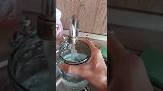 Уровень трех литров в 3-х литровой банке